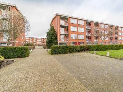 Schoutstraat 14 in IJsselmuiden 8271 VM