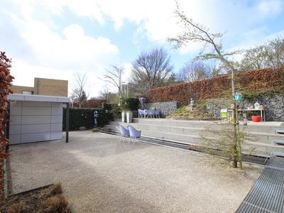 Prof. Zeemanstraat 1 in Terneuzen 4532 JL
