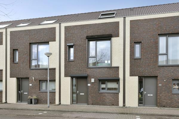 Groote Wielenlaan 211 in Rosmalen 5247 JB