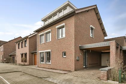 Oude Schachtstraat 43 in Kerkrade 6462 BE