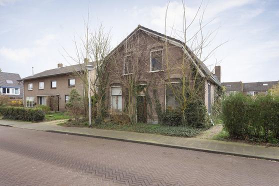 Dorpsstraat 39 in Heteren 6666 AG
