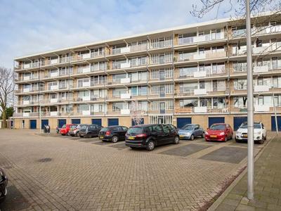 Werumeus Buninglaan 114 in Waddinxveen 2741 ZK