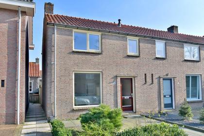 Van Ostadestraat 31 in Deventer 7412 RR