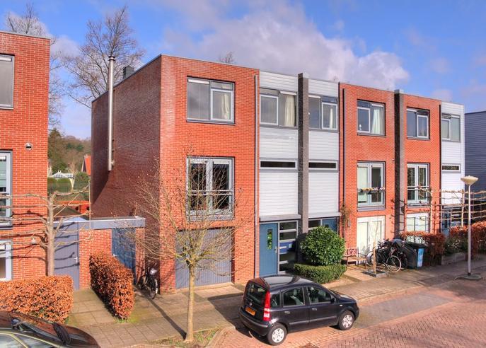 Hendrik Van Der Graaflaan 13 in Bloemendaal 2061 LP