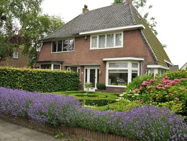 Zeeweg 16 in Heiloo 1852 CR