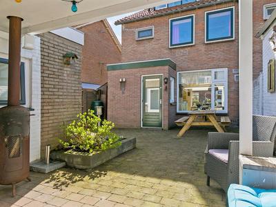 Ina Boudier-Bakkerstraat 9 in Vianen 4132 XN