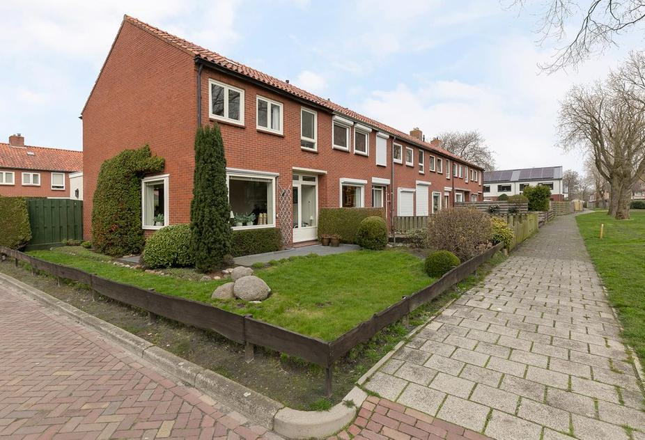 Kastanjelaan 127 in Winschoten 9674 BD