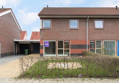 Moezel 26 in Leeuwarden 8939 AL