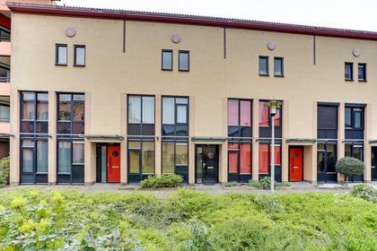 Opera 40 in Zwijndrecht 3335 EG