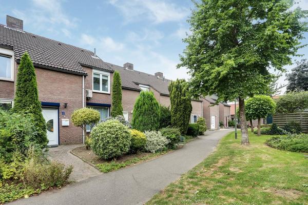 Heuvel 11 in Roermond 6042 JP
