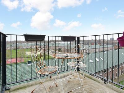 Rijswijkse Landingslaan 296 in 'S-Gravenhage 2497 TG