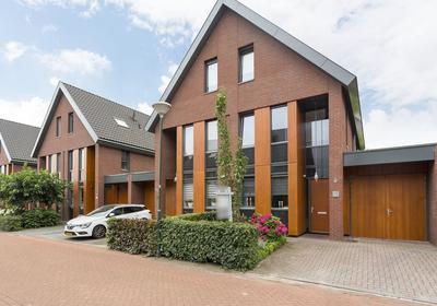 Appelbes 11 in Veenendaal 3903 EL