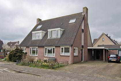 'T Werfje 12 in Zijderveld 4122 GT