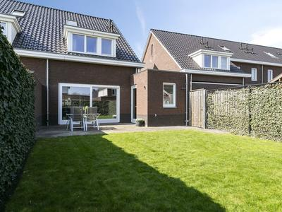 Meester De Weertstraat 35 in Oirschot 5688 KZ