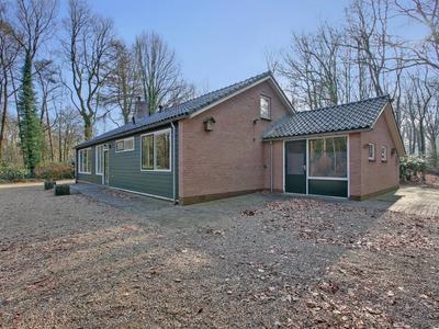 Brouwersweg 14 in Hoenderloo 7351 TK