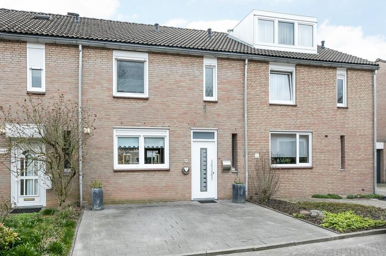 Hoogstraat 12 in Hoensbroek 6432 BE