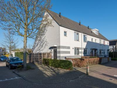 Prof.Mr. P.J. Oudstraat 7 in Gorinchem 4207 ND