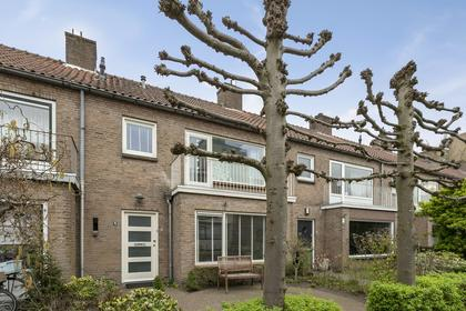 Vivaldistraat 15 in 'S-Hertogenbosch 5216 EK