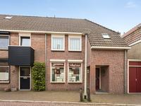Roosendaalsestraat 16 in Wouw 4724 AC