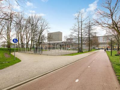 Kleiburg 1040 in Amsterdam 1104 EA
