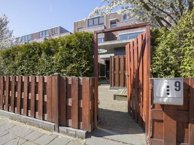 Burgemeester Bracklaan 9 in Reeuwijk 2811 BP