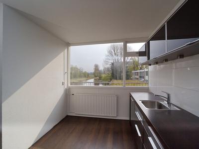 Van Der Waalsstraat 13 in Vlaardingen 3132 TV