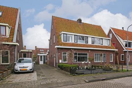 Burgemeester Nieuwenhuijsenstraat 79 in Limmen 1906 CK