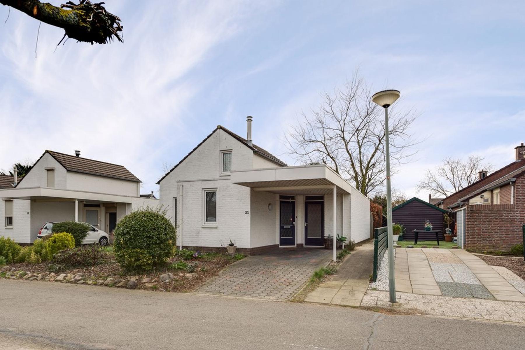 Kloosterveld 33 in Haelen 6081 JE