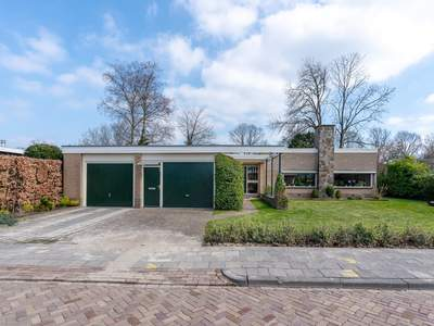 Meester Homanstraat 2 in Roden 9301 HP