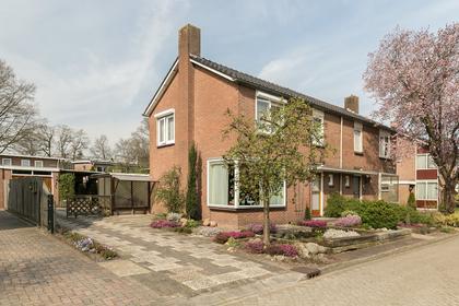 Jonkershof 12 in Emmen 7822 GD