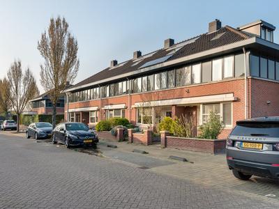 Veldbloemlaan 3 in Heerjansdam 2995 TK