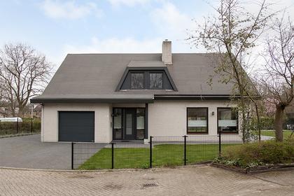 Klaroenring 101 in Etten-Leur 4876 ZC