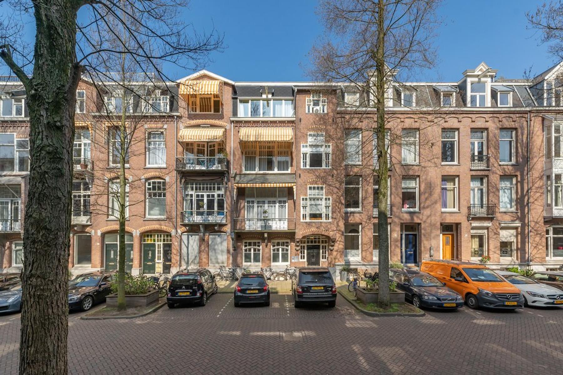 Johannes Verhulststraat 88 in Amsterdam 1071 NK