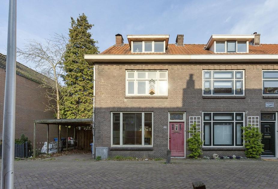 Langenholterweg 19 in Zwolle 8021 CB
