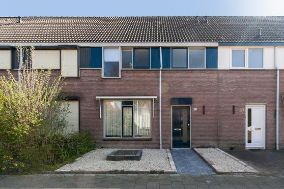 Dr. Knippenberghof 22 in Helmond 5709 EE