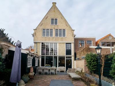 Bierkade 13 in Hoorn 1621 BE