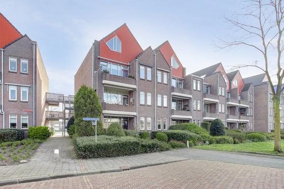 Lanenburg 15 in Heerenveen 8441 GP