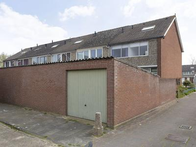 Annendal 17 in Zevenbergen 4761 LK