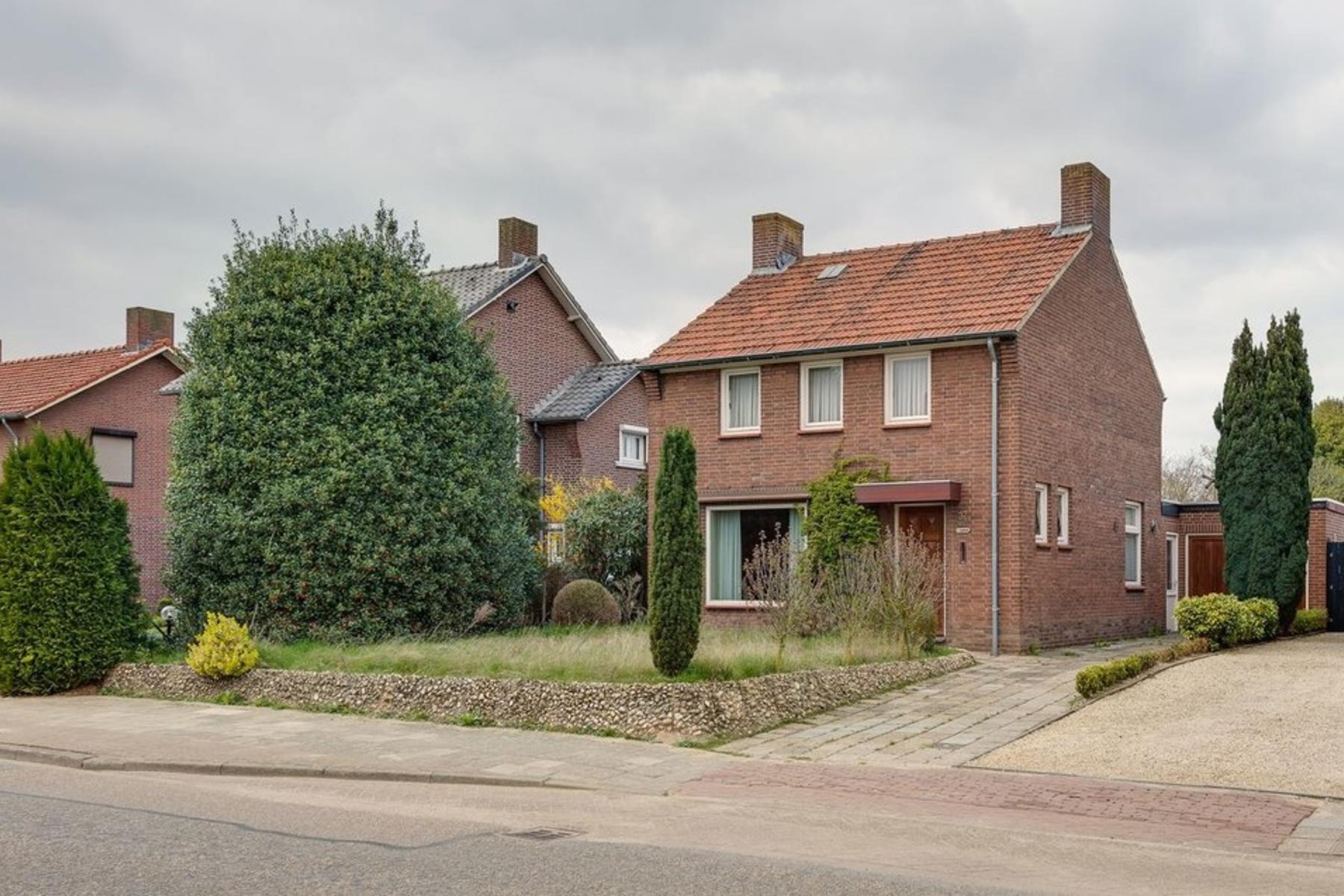 Maasbrachterweg 37 in Linne 6067 CN