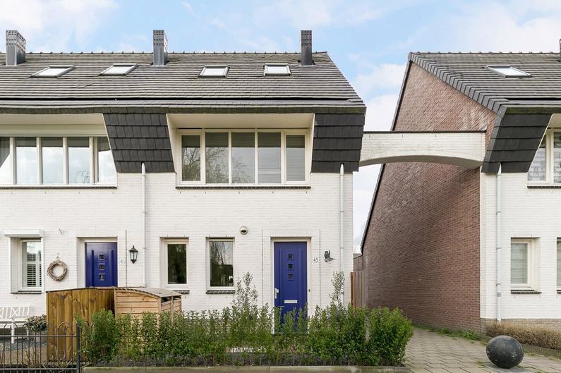 Buitenhof 45 in Rhoon 3162 WG