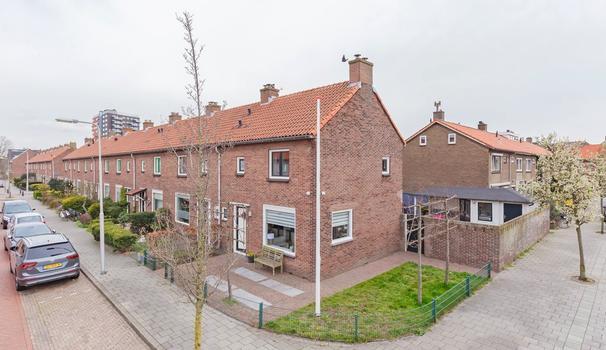 Fahrenheitstraat 14 in IJmuiden 1973 RK