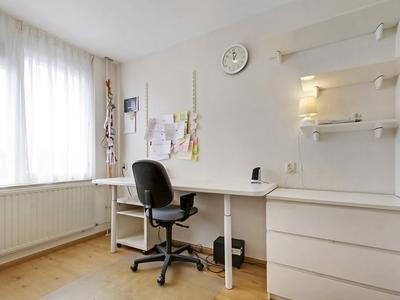 Adelaarshorst 60 in Roermond 6043 RN