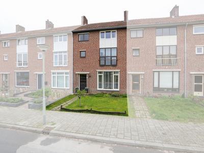 Pastoor Freybeuterstraat 21 in Tegelen 5931 LH