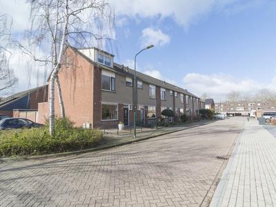 Leeuwerik 18 in Bunschoten-Spakenburg 3752 NG
