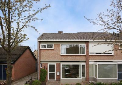 Van Egmondstraat 2 in Grave 5361 BV
