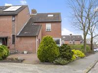 Angelusberg 83 in Roosendaal 4707 NL