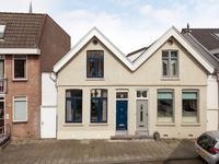 Eerste Tuinsingel 11 in Schiedam 3112 ER