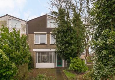 Willem-Alexanderplantsoen 61 in Barendrecht 2991 NB