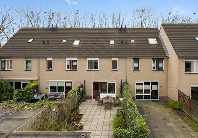 Weg Door Den Waterpot 57 in Deventer 7421 AP