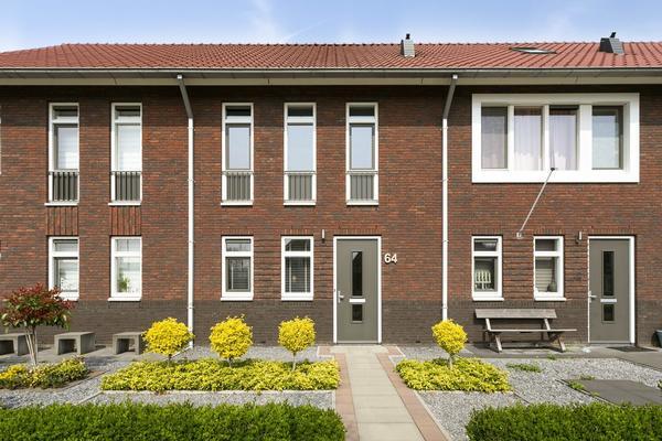 IJzertijd 64 in Oosterhout 4906 LD